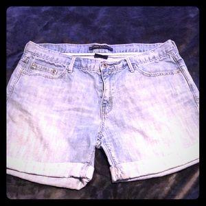 Levi's Light Wash Denim Cuffed Boyfriend Shorts